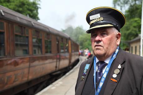 Bert blower train img 7832 t