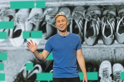 Russell howard rx09 024
